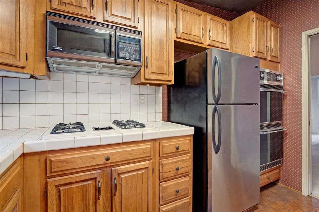 Photo 9: Photos: SAN DIEGO House for sale : 3 bedrooms : 5038 Chaparral Way