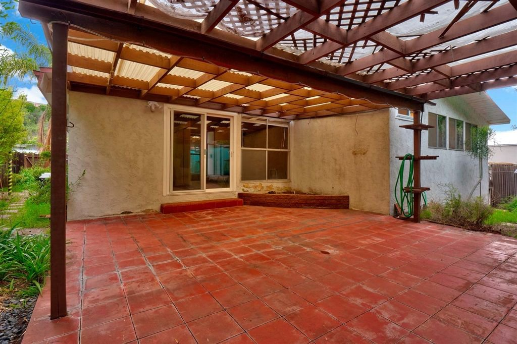 Photo 19: Photos: SAN DIEGO House for sale : 3 bedrooms : 5038 Chaparral Way
