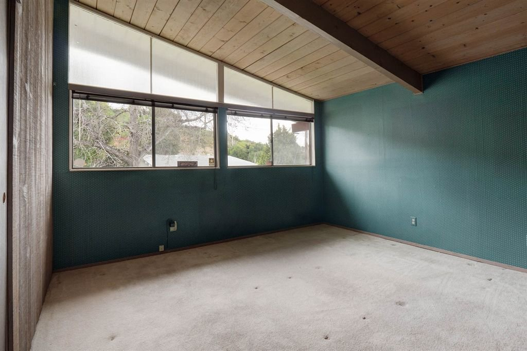Photo 11: Photos: SAN DIEGO House for sale : 3 bedrooms : 5038 Chaparral Way