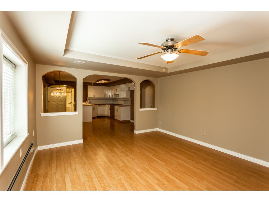 Photo 16: Photos: 23646 55A Avenue in Langley: Salmon River House for sale : MLS®# R2361499