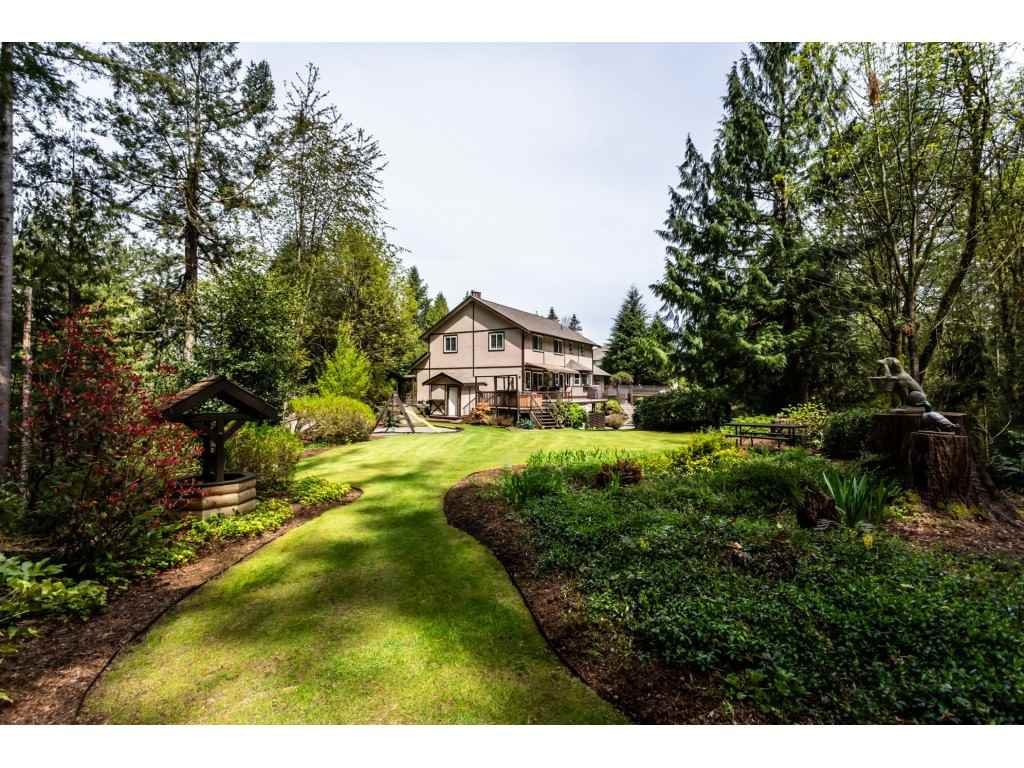 Photo 19: Photos: 23646 55A Avenue in Langley: Salmon River House for sale : MLS®# R2361499