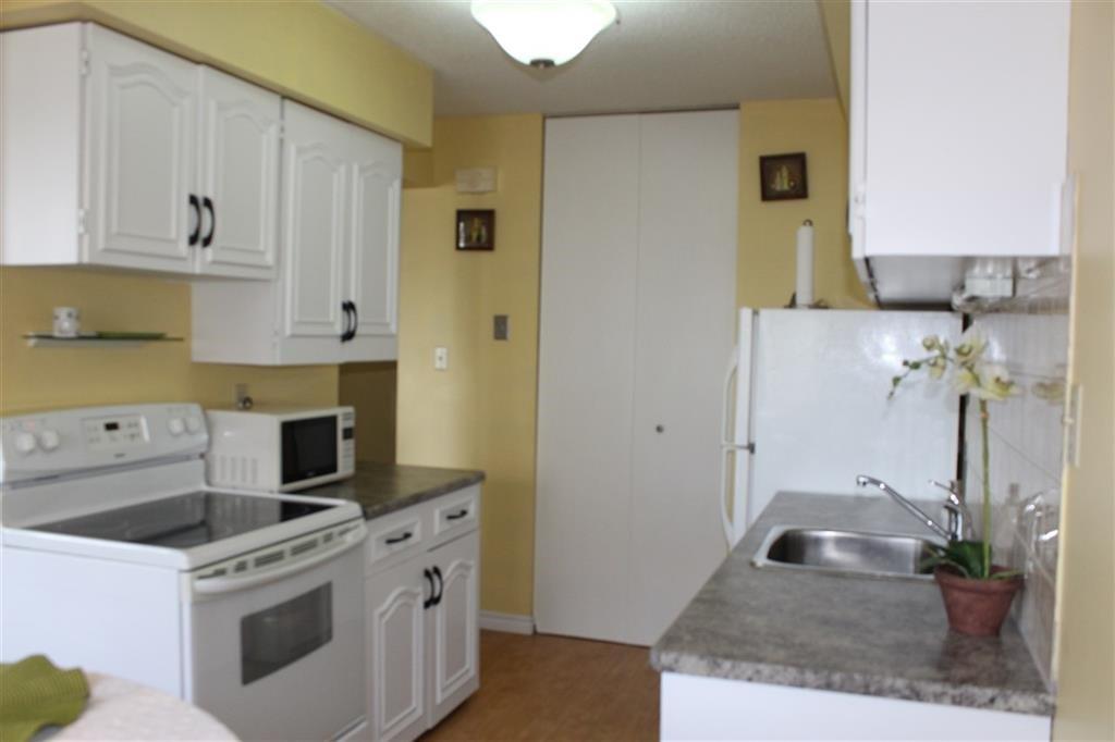 Main Photo: 12 8010 141 Avenue in Edmonton: Zone 02 Townhouse for sale : MLS®# E4163354