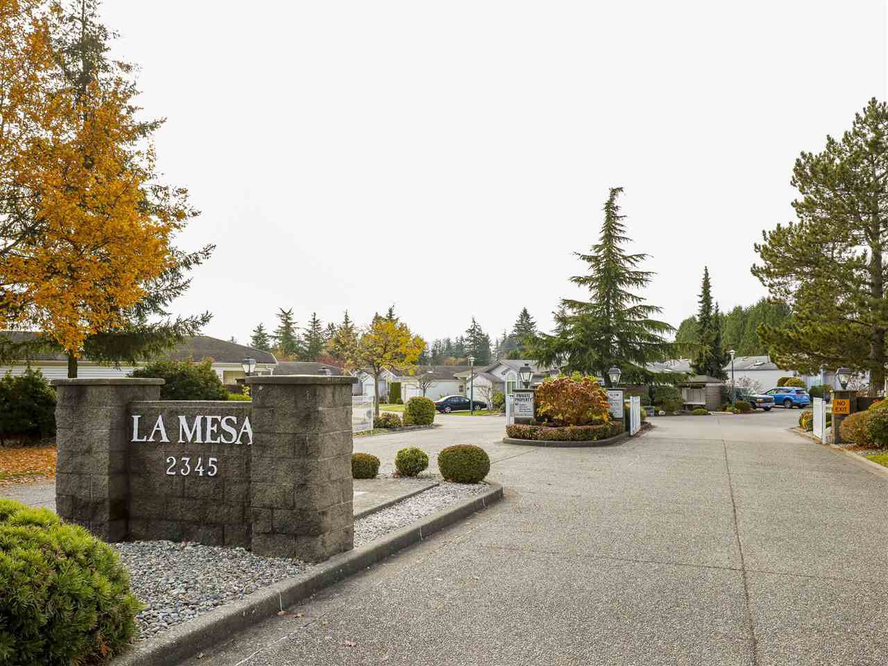 "Main Photo: 72 2345 CRANLEY Drive in Surrey: King George Corridor Manufactured Home for sale in ""La Mesa"" (South Surrey White Rock)  : MLS®# R2429051"