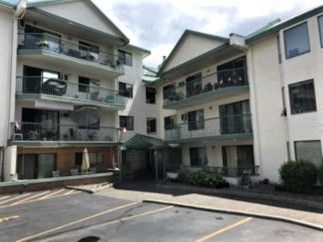 "Photo 3: Photos: 101 2678 MCCALLUM Road in Abbotsford: Central Abbotsford Condo for sale in ""Panorama Terrace"" : MLS®# R2476073"