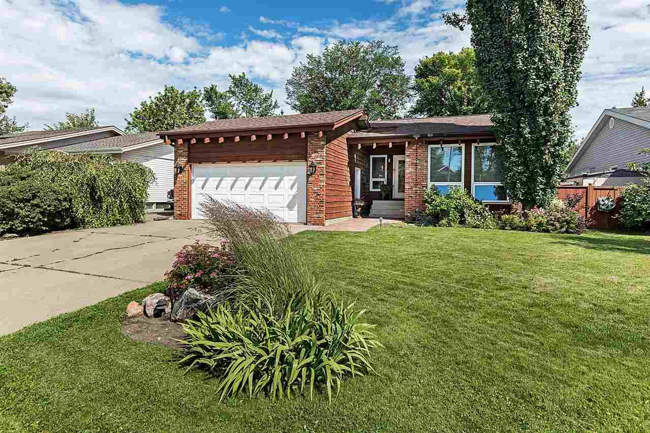 Main Photo: 1089 PARKER Drive: Sherwood Park House for sale : MLS®# E4207423