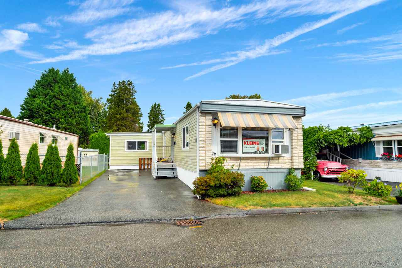 "Main Photo: 46 8254 134 Street in Surrey: Queen Mary Park Surrey Manufactured Home for sale in ""WESTWOOD ESTATES"" : MLS®# R2501535"