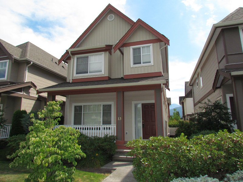 "Main Photo: #13 45450 SHAWNIGAN CR in CHILLIWACK: Vedder S Watson-Promontory House for rent in ""SININGER PLACE"" (Sardis)"
