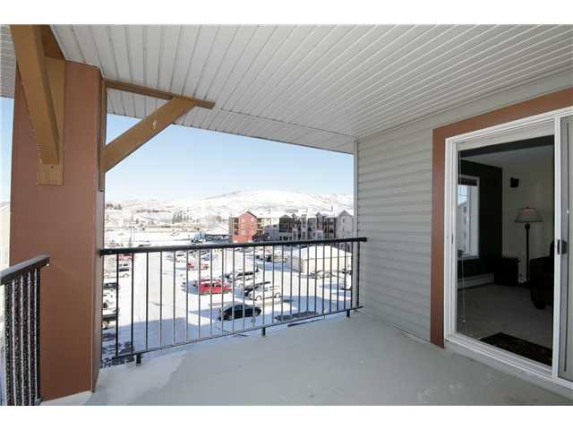 Main Photo: 2401 505 RAILWAY Street W: Cochrane Condo for sale : MLS®# C3643579
