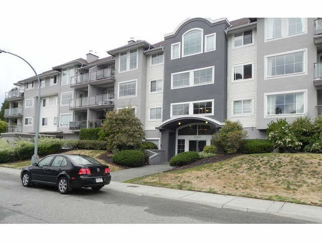 "Main Photo: 302 33599 2ND Avenue in Mission: Mission BC Condo for sale in ""STAVE LAKE LANDING"" : MLS®# F1451156"