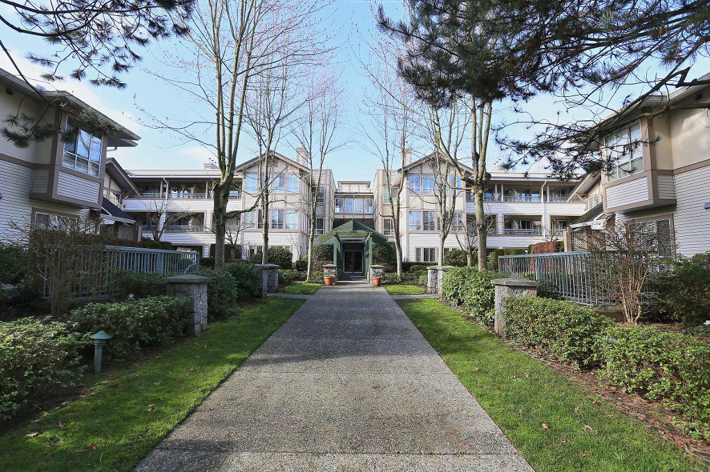 "Main Photo: 209 6363 121ST Street in Surrey: Panorama Ridge Condo for sale in ""The Regency"" : MLS®# R2037134"