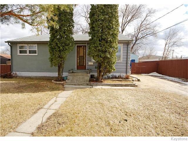 Main Photo: 172 Berrydale Avenue in Winnipeg: St Vital Residential for sale (South East Winnipeg)  : MLS®# 1608077