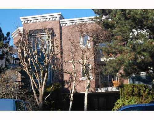Main Photo: 304 2239 1ST Ave: Kitsilano Home for sale ()  : MLS®# V690178