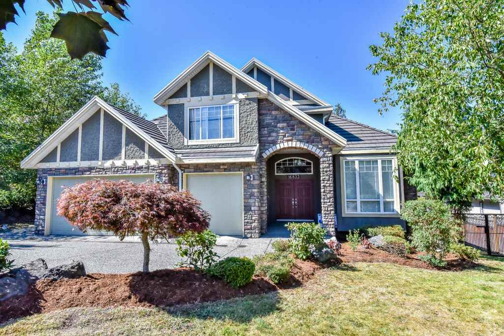 Main Photo: 16833 87 Avenue in Surrey: Fleetwood Tynehead House for sale : MLS®# R2116704