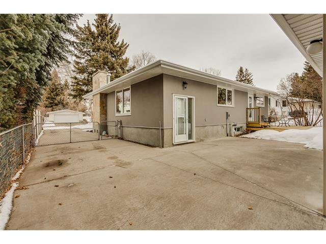 Photo 35: Photos: 5008 VANSTONE Crescent NW in Calgary: Varsity House for sale : MLS®# C4094645