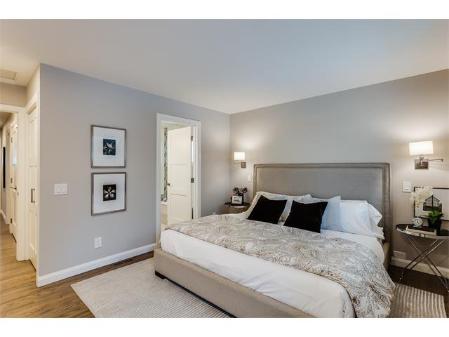 Photo 16: Photos: 5008 VANSTONE Crescent NW in Calgary: Varsity House for sale : MLS®# C4094645