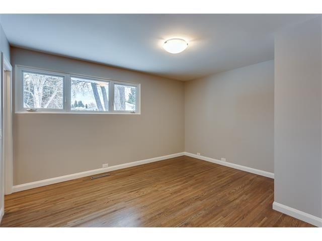 Photo 21: Photos: 5008 VANSTONE Crescent NW in Calgary: Varsity House for sale : MLS®# C4094645
