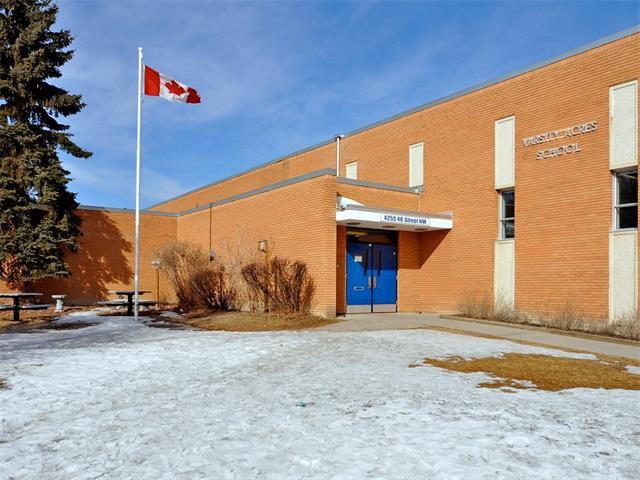 Photo 36: Photos: 5008 VANSTONE Crescent NW in Calgary: Varsity House for sale : MLS®# C4094645