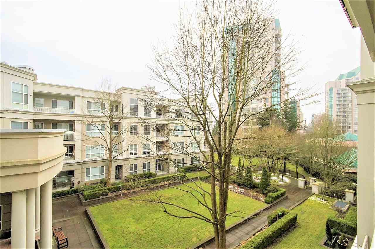 "Photo 2: Photos: 317 3098 GUILDFORD Way in Coquitlam: North Coquitlam Condo for sale in ""MARLBOROUGH HOUSE"" : MLS®# R2141555"
