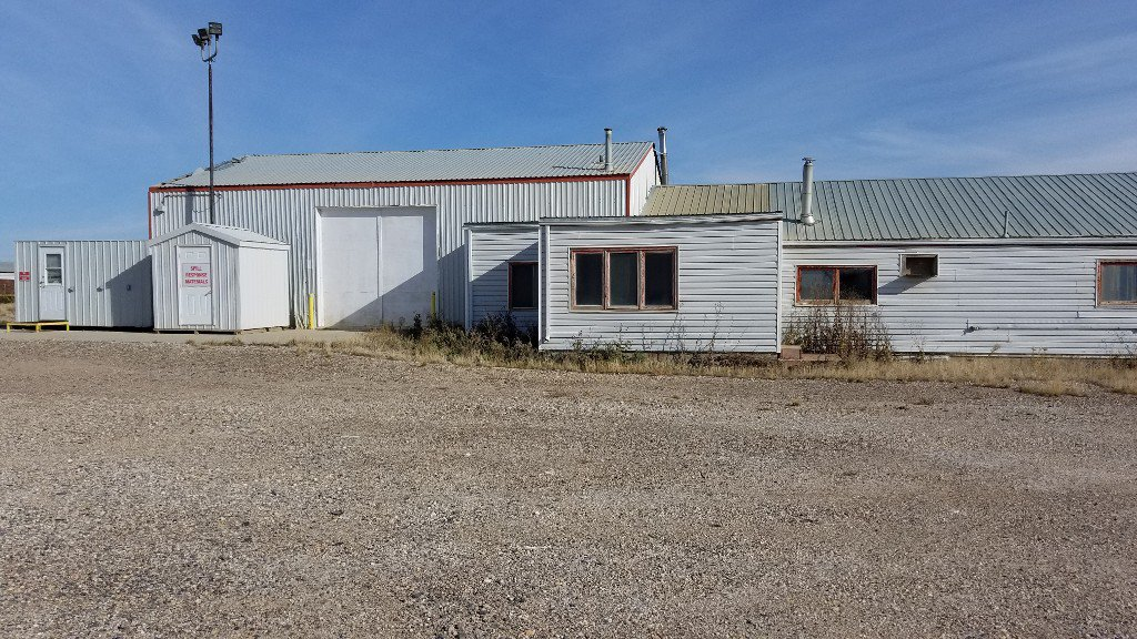 Photo 18: Photos: 401-403 Devonian Street in Estevan: Commercial for sale