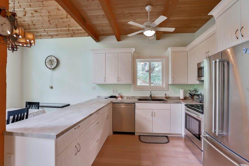 Photo 5: Photos: 14944 PARKHILL Boulevard in Sunshine Valley: Hope Sunshine Valley House for sale (Hope)  : MLS®# R2179348