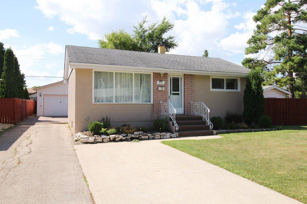 Main Photo: 159 Harper Ave in Winnipeg: Windsor Park Single Family Detached for sale (2G)  : MLS®# 1721658