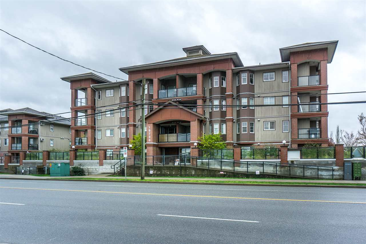 """Main Photo: 303 19730 56 Avenue in Langley: Langley City Condo for sale in """"Madison Place"""" : MLS®# R2258022"""
