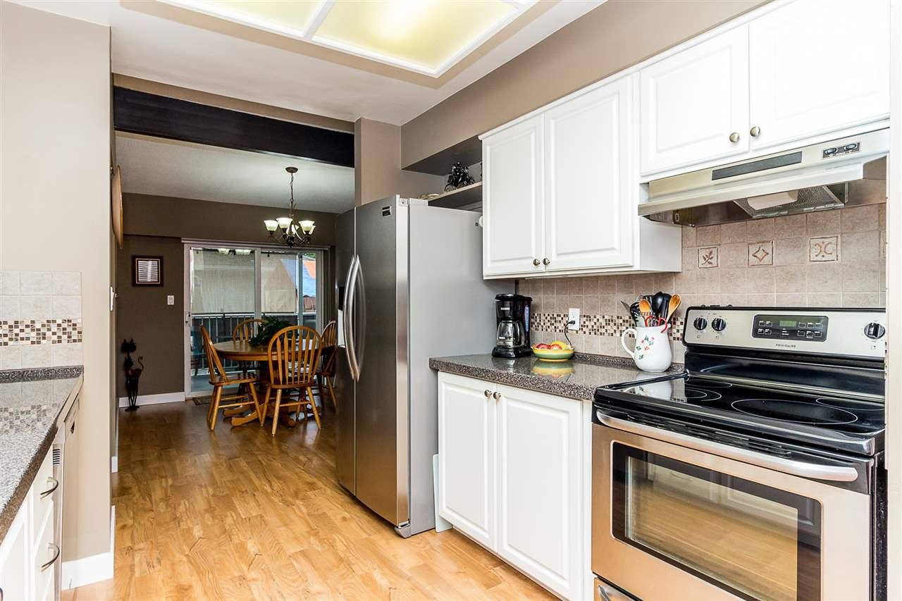 Photo 9: Photos: 2877 ASH Street in Abbotsford: Central Abbotsford House for sale : MLS®# R2287878