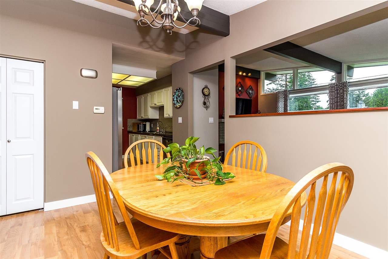 Photo 10: Photos: 2877 ASH Street in Abbotsford: Central Abbotsford House for sale : MLS®# R2287878