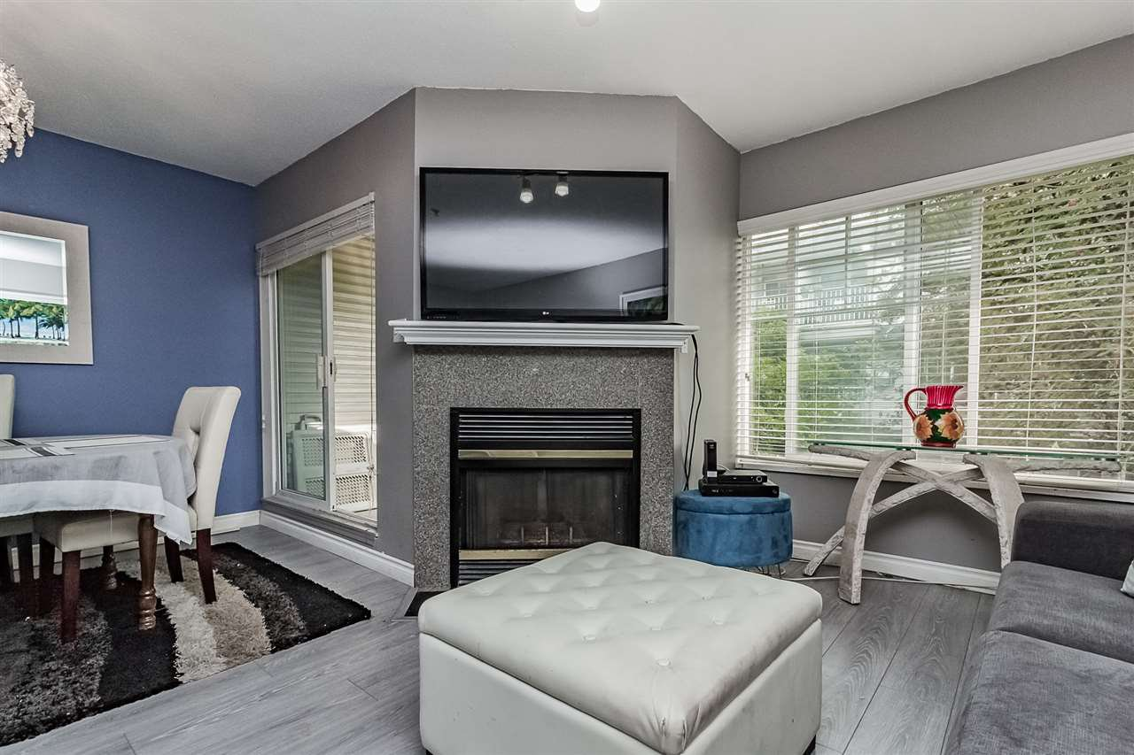 Photo 8: Photos: 16 8892 208 Street in Langley: Walnut Grove Townhouse for sale : MLS®# R2315871