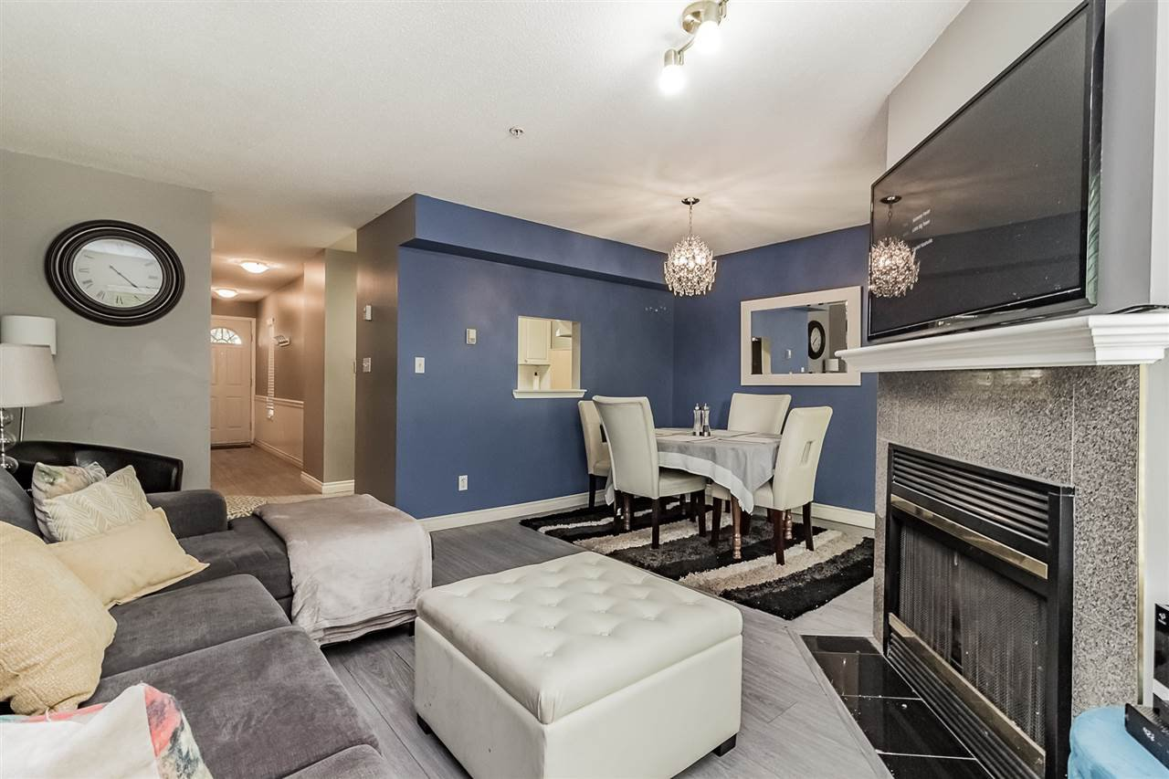 Photo 7: Photos: 16 8892 208 Street in Langley: Walnut Grove Townhouse for sale : MLS®# R2315871