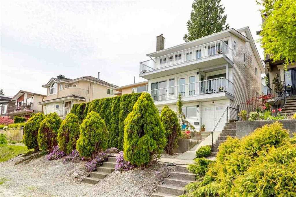 Main Photo: 185 N WARWICK Avenue in Burnaby: Capitol Hill BN House for sale (Burnaby North)  : MLS®# R2349243