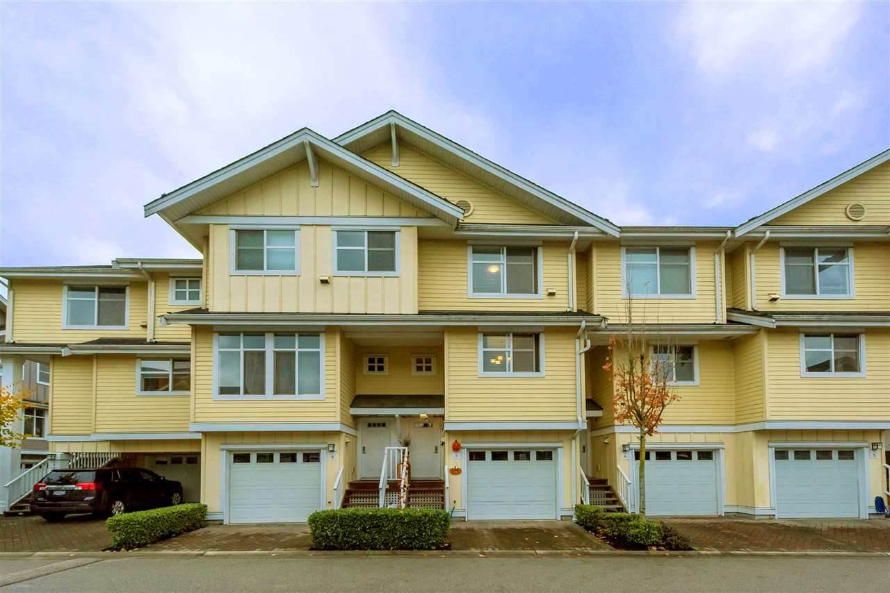 "Main Photo: 7 935 EWEN Avenue in New Westminster: Queensborough Townhouse for sale in ""COOPERS LANDING"" : MLS®# R2368052"