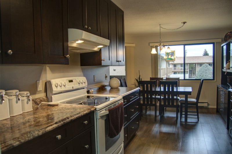 Photo 6: Photos: 204 1830 Atkinson Street in Penticton: Industrial Residential Attached for sale : MLS®# 140704