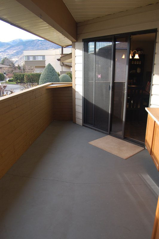 Photo 18: Photos: 204 1830 Atkinson Street in Penticton: Industrial Residential Attached for sale : MLS®# 140704