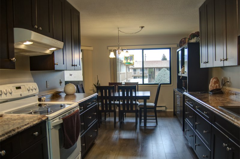 Photo 5: Photos: 204 1830 Atkinson Street in Penticton: Industrial Residential Attached for sale : MLS®# 140704
