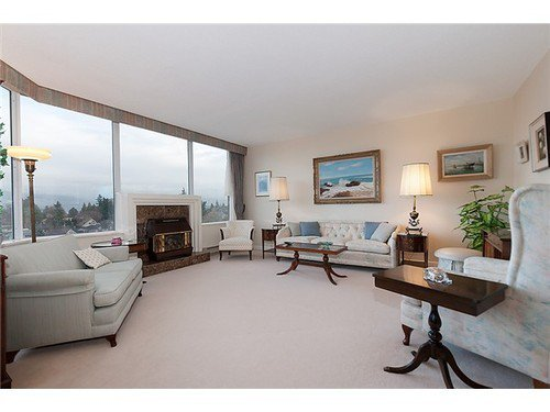 Photo 3: Photos: 902 2020 HIGHBURY Street in Vancouver West: Point Grey Home for sale ()  : MLS®# V928656