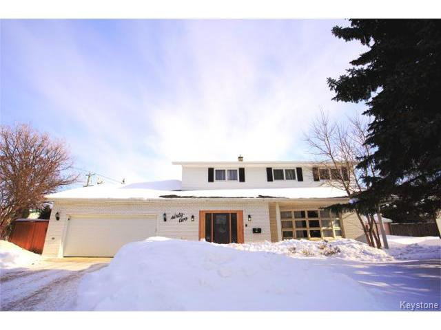 Main Photo:  in WINNIPEG: West Kildonan / Garden City Residential for sale (North West Winnipeg)  : MLS®# 1402290
