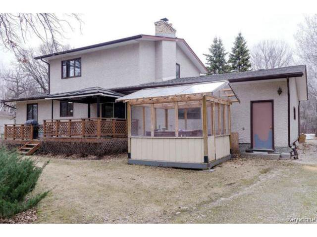 Photo 4: Photos:  in ESTPAUL: Birdshill Area Residential for sale (North East Winnipeg)  : MLS®# 1409100