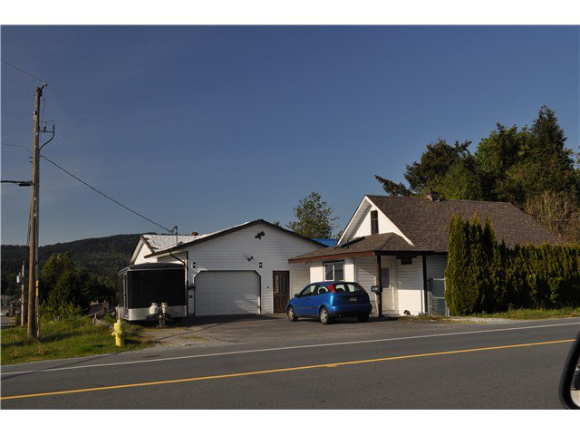 Main Photo: 33019 CHERRY Avenue in Mission: Mission BC House for sale : MLS®# F1442207