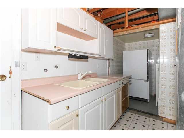 Photo 12: Photos: 1205 BEACH GROVE Road in Tsawwassen: Beach Grove House 1/2 Duplex for sale : MLS®# V1135632