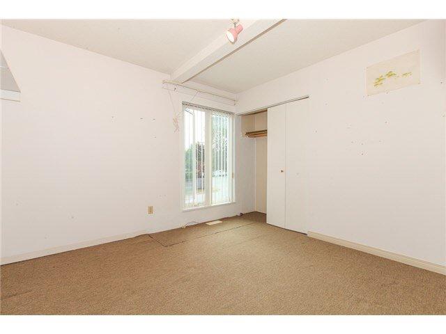 Photo 8: Photos: 1205 BEACH GROVE Road in Tsawwassen: Beach Grove House 1/2 Duplex for sale : MLS®# V1135632