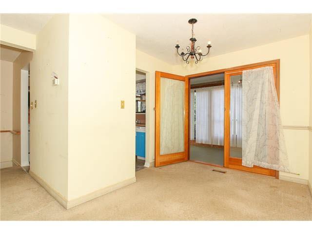 Photo 4: Photos: 1205 BEACH GROVE Road in Tsawwassen: Beach Grove House 1/2 Duplex for sale : MLS®# V1135632