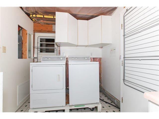 Photo 13: Photos: 1205 BEACH GROVE Road in Tsawwassen: Beach Grove House 1/2 Duplex for sale : MLS®# V1135632