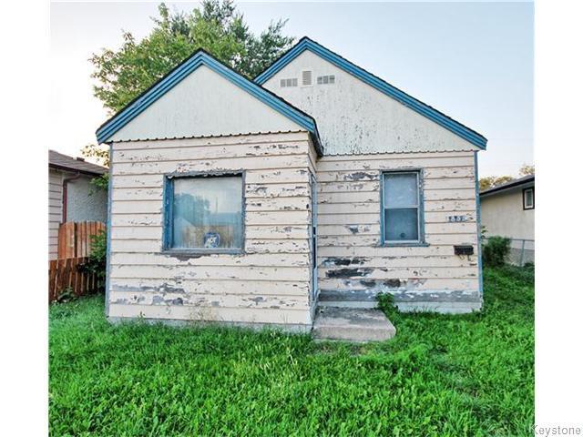 Main Photo: 1855 McDermot Avenue West in WINNIPEG: Brooklands / Weston Residential for sale (West Winnipeg)  : MLS®# 1529830