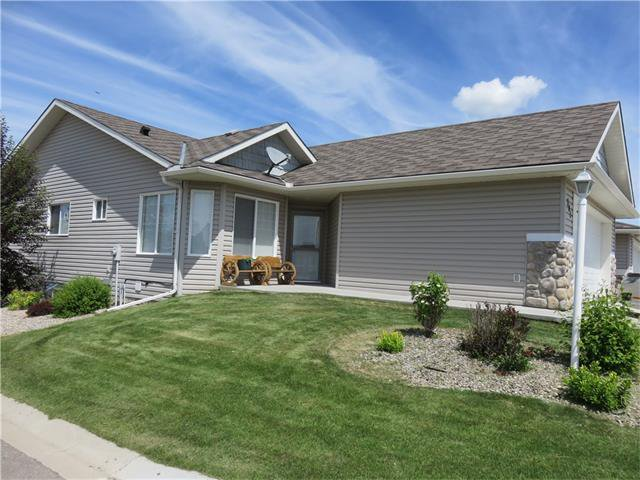 Main Photo: 301 Whispering Way: Vulcan House for sale : MLS®# C4042779