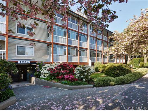 Main Photo: 406 1234 Fort St in VICTORIA: Vi Downtown Condo Apartment for sale (Victoria)  : MLS®# 723535