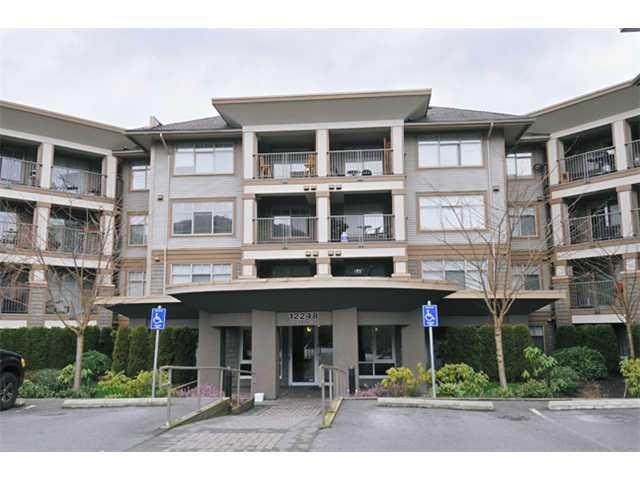"Main Photo: 118 12248 224 Street in Maple Ridge: East Central Condo for sale in ""URBANO"" : MLS®# R2085589"