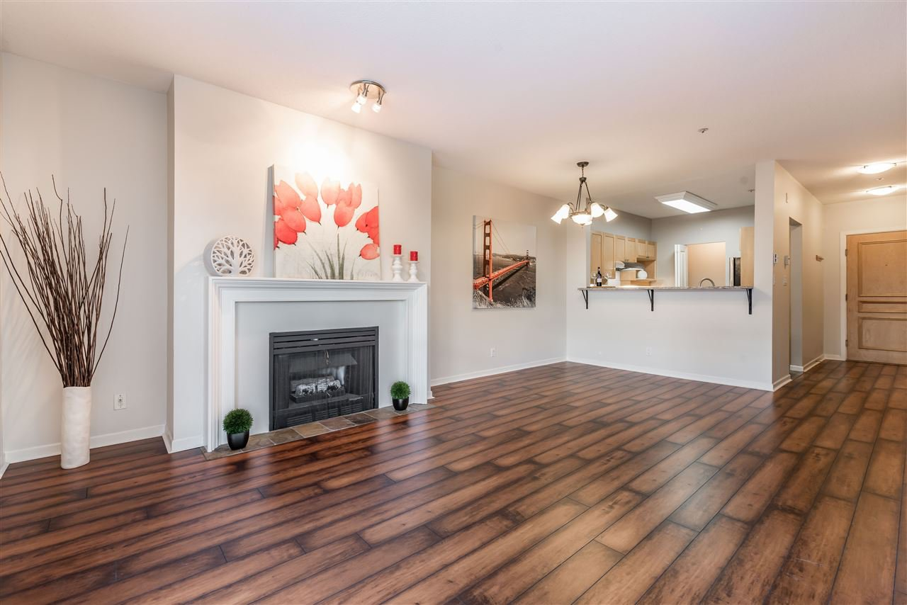 Main Photo: 204 1820 E KENT AVENUE SOUTH in Vancouver: Fraserview VE Condo for sale (Vancouver East)  : MLS®# R2119186