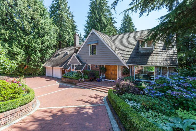 Main Photo: 3058 SPENCER Drive in West Vancouver: Altamont House for sale : MLS®# R2123954