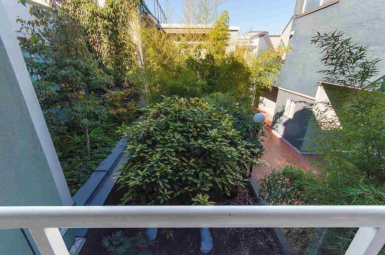 Photo 18: Photos: 1001 W 8TH Avenue in Vancouver: Fairview VW Townhouse for sale (Vancouver West)  : MLS®# R2123885